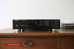 For sale: Philips CD880 TDA1541A S1 and remote